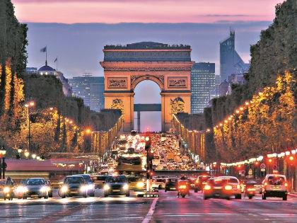 Париж, Франция // Shutterstock