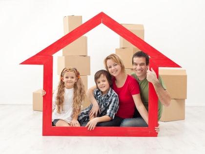 До сих пор существуют сложности, связанные с использованием материнского капитала при покупке квартиры // Shutterstock