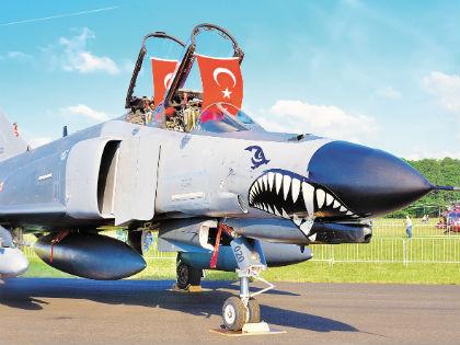 Турецкие ВВС активно участвовали в попытке переворота // Shutterstock
