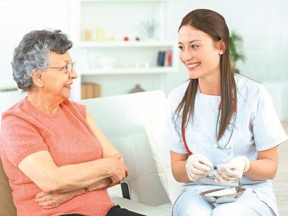 Длительный кашель – опасный симптом // Shutterstock