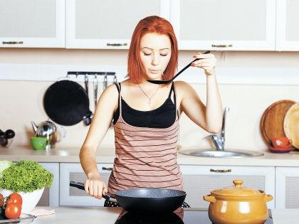 Вкус еды зависит не только от кулинарного таланта повара, но и от того, в какой посуде он готовит // Shutterstock