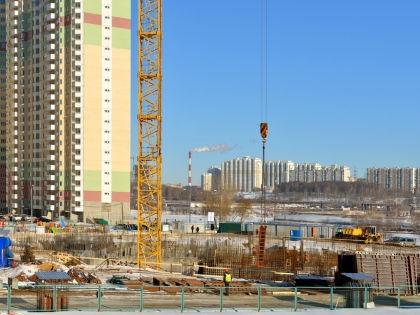 Несмотря на кризис, в Москве продолжается активная застройка // Shutterstock