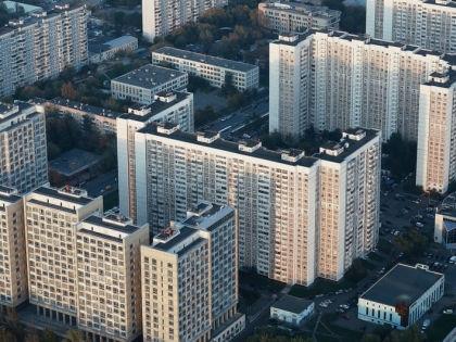 Вопрос о распоряжении общим имуществом волную многих, кто вступает в брак // Shutterstock