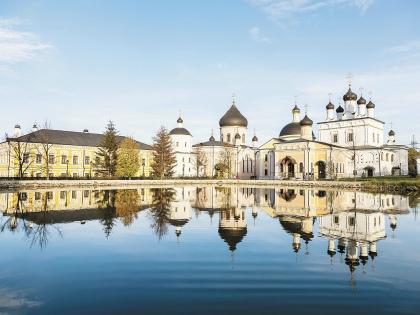 Родился город Чехов в 1954 году, но это не новостройка, а древнейшее торговое село Лопасня // Shutterstock