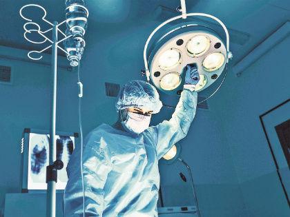 Только 10–13% перенесших инсульт полностью выздоравливают, остальные умирают или становятся инвалидами // Shutterstock