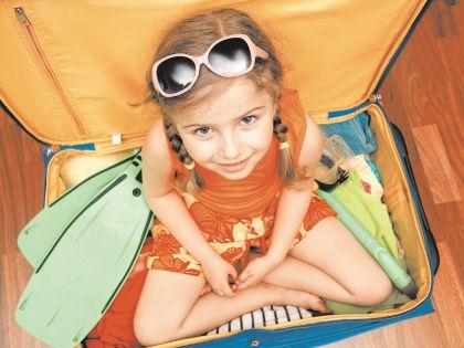 Собрать ребенка в лагерь — задача не из легких // Shutterstock