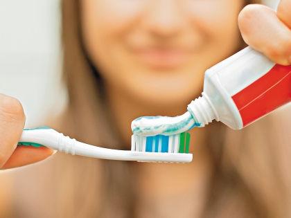 Самое сложное – не сорваться во время диеты. Поможет в этом... обычная зубная паста! // Shutterstock