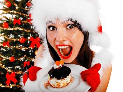 Новогодние праздники – не повод наедаться до отвала // Shutterstock