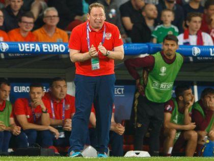 Главный тренер сборной России по футболу на Евро-2016 Леонид Слуцкий // Global Look Press