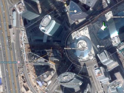 Девушка упала с моста, когда пыталась сделать селфи //  Google Карты