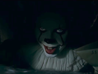 """В минувший четверг на большие экраны вышел ужастик """"Оно"""", снятый по одноименному роману Стивена Кинга // Стоп-кадр из фильма """"Оно"""""""