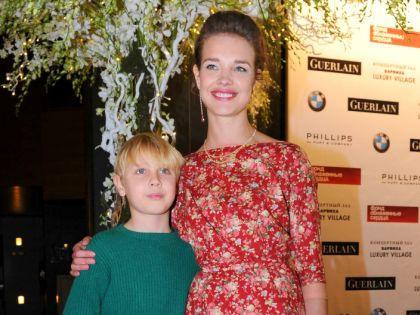 Наталья Водянова с сыном // Global Look
