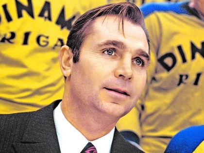 «Гражданским» тренером в Риге Тихонов проработал 9 лет, а потом начался «звездный» период // РИА «Новости»