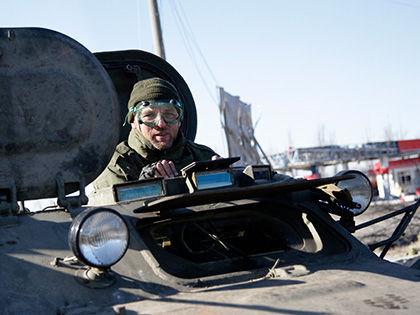 Взаимный отвод войск осуществляется сторонами под надзором // Александр Ермоченко / Global Look Press