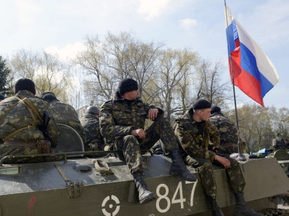 Владислав Селезнев: Теперь российские военспецы находятся в Соледаре // Global Look Press