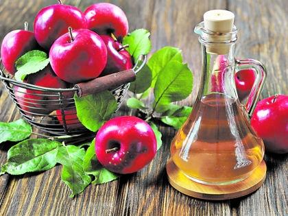 Уксус и яблоки // Shutterstock
