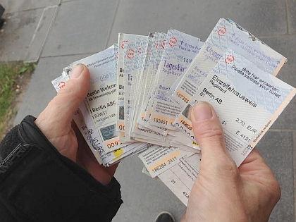 Билеты на общественный транспорт Берлина // Елена Мильчановска