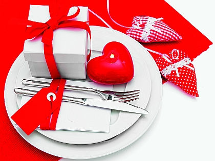 Сервировка стола // Shutterstock