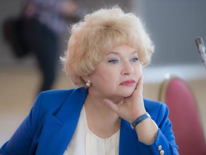 Рабочий момент – на заседании Совета Федерации // из личного архива