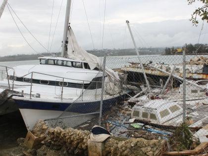 """Ураган """"Пэм"""" разрушил десятки тысяч домов в Вануату // Global Look Press"""