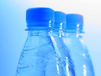 Вода в бутылках // Global Look