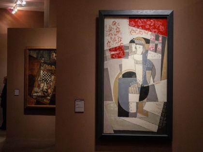 Ле Геннек утверждал, что картины подарила ему последняя жена Пикассо // Global Look Press