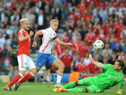 РФ проиграла Уэльсу со счётом 0:3 // Global Look Press