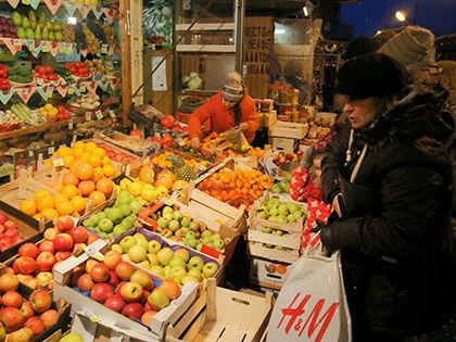 Запрещённые к ввозу продукты поступают в РФ по поддельным документам // Замир Усманов / Russian Look
