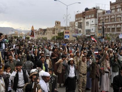 Чем же так провинились йеменские повстанцы, что Саудовская Аравия сколачивает против них коалицию? // Global Look Press