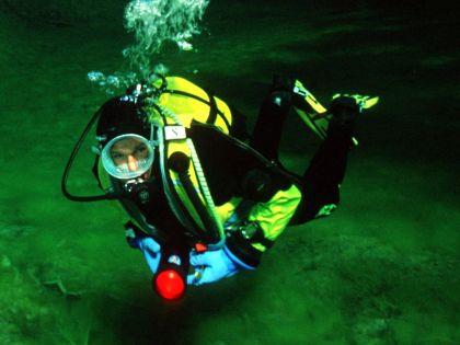 Россиянин потерял сознание под водой // Global Look Press