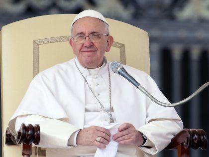 Папа тоскует по тем временам, когда он мог спокойно посидеть в пиццерии // Global Look Press
