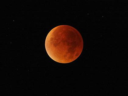 Лунных затмений не будет в 2016 году // Global Look Press