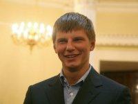 Аршавин вернется домой – или уедет от снижения зарплаты?