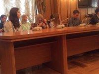 """Депутаты говорят, вы слушаете: второе заседание """"совета блогеров"""" в Думе"""
