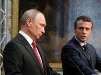 Встреча Макрона и Путина во Франции: реакция соцсетей