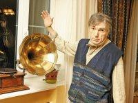 Юрий Николаев: На ТВ много мишуры, но оно стало лучше