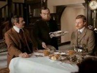 Кинозастолье с Натальей Ванденко: Овсяный крамбл для Шерлока Холмса