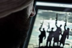 Спецслужбы держат ситуацию с терроризмом под контролем, сказал генерал-лейтенант ФСБ в отставке