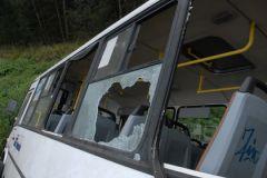 Три из одиннадцати пассажиров автобуса получили травмы
