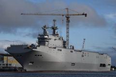 Париж пока не готов передать корабли из-за украинского кризиса