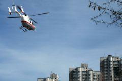 Вертолет МЧС доставил пострадавших в больницу
