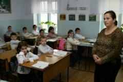 Педагоги возлагают надежды на то, что министр образования займется внедрением единого подхода к оплате труда учителей и вузовских сотрудников
