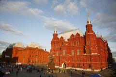 Мосгордума отклонила инициативу замены памятника Жукову на Манежной площади