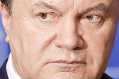 Если сейчас Янукович стал не президентом, это означает, что он оставался президентом?