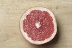 Апельсины, лимоны и грейпфруты могут стать причиной самого опасного рака кожи