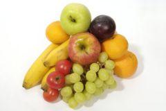 Помидоры, яблоки и виноград обеспечат защиту от тяжелейших опухолей
