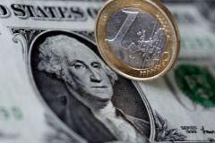 Кризис в Греции заметно повлиял на соотношение курсов доллара и евро