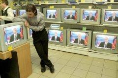 """«Большинство людей, к которым подойдут представительные интервьюеры и спросят, например: """"Поддерживаете ли вы Владимира Путина?"""", ответят: """"Да""""»"""