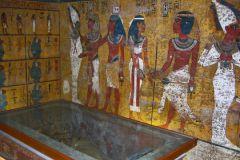 Власти Египта открыли уникальные гробницы, чтобы восстановить конкурентоспособность своей туристической отрасли