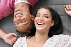 Умение праздновать достижения друг друга повышает уровень семейного счастья